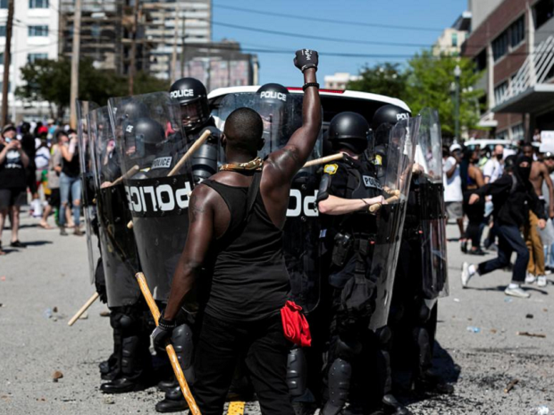 Anger over police killings shatters landscapes in dozens of US cities