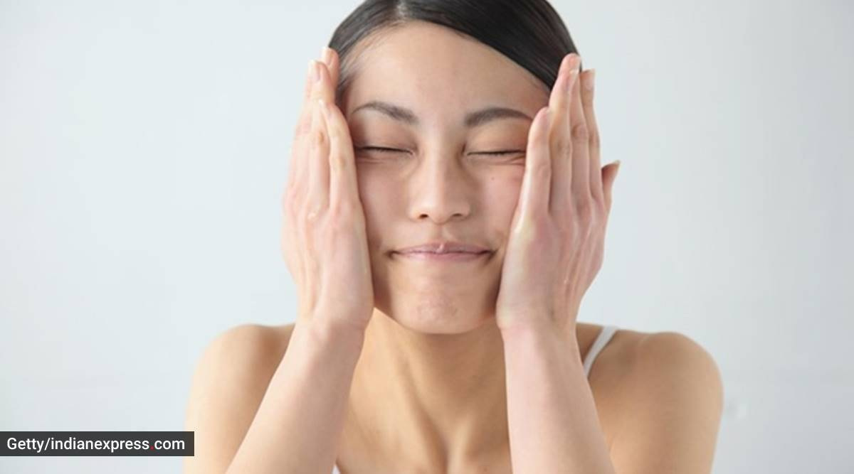 Winter tips: Take care of dry skin with these beauty hacks